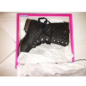 ✨JustFab✨ Boots